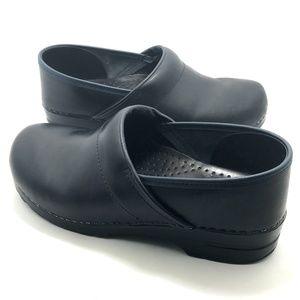 Dansko Professional Clogs Blue Leather Women 11.5
